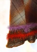 REF14343 bruin geruite rok detail